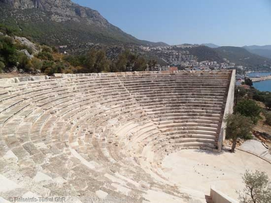 Das antike Theater von Antiphellos (Kaş)